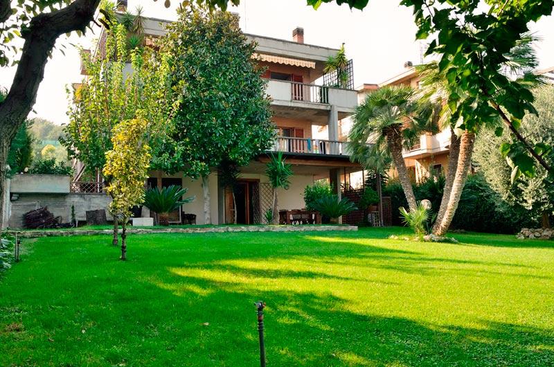 Villa in vendita a Grottammare, 20 locali, zona Località: sopralaStatale16, Trattative riservate | Cambio Casa.it