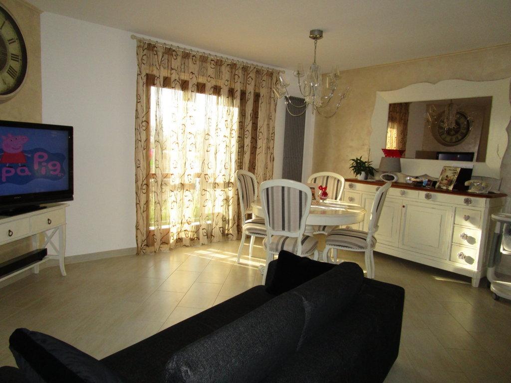 Appartamento in vendita a Monsampolo del Tronto, 4 locali, zona Località: StelladiMonsampolo, prezzo € 180.000 | Cambio Casa.it