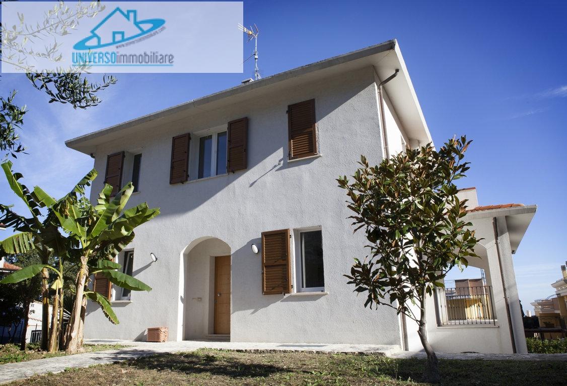 Villa in vendita a Acquaviva Picena, 9 locali, prezzo € 695.000 | Cambio Casa.it