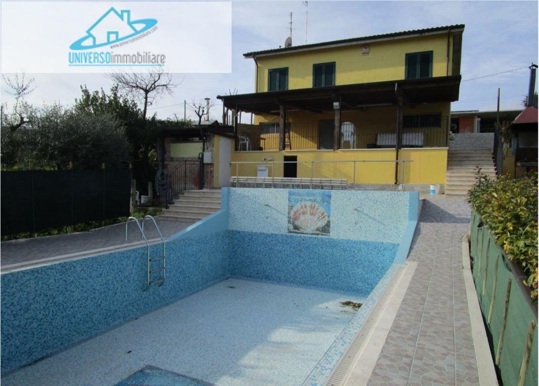 Villa in vendita a Monsampolo del Tronto, 7 locali, zona Zona: Monsampolo, prezzo € 340.000 | Cambio Casa.it
