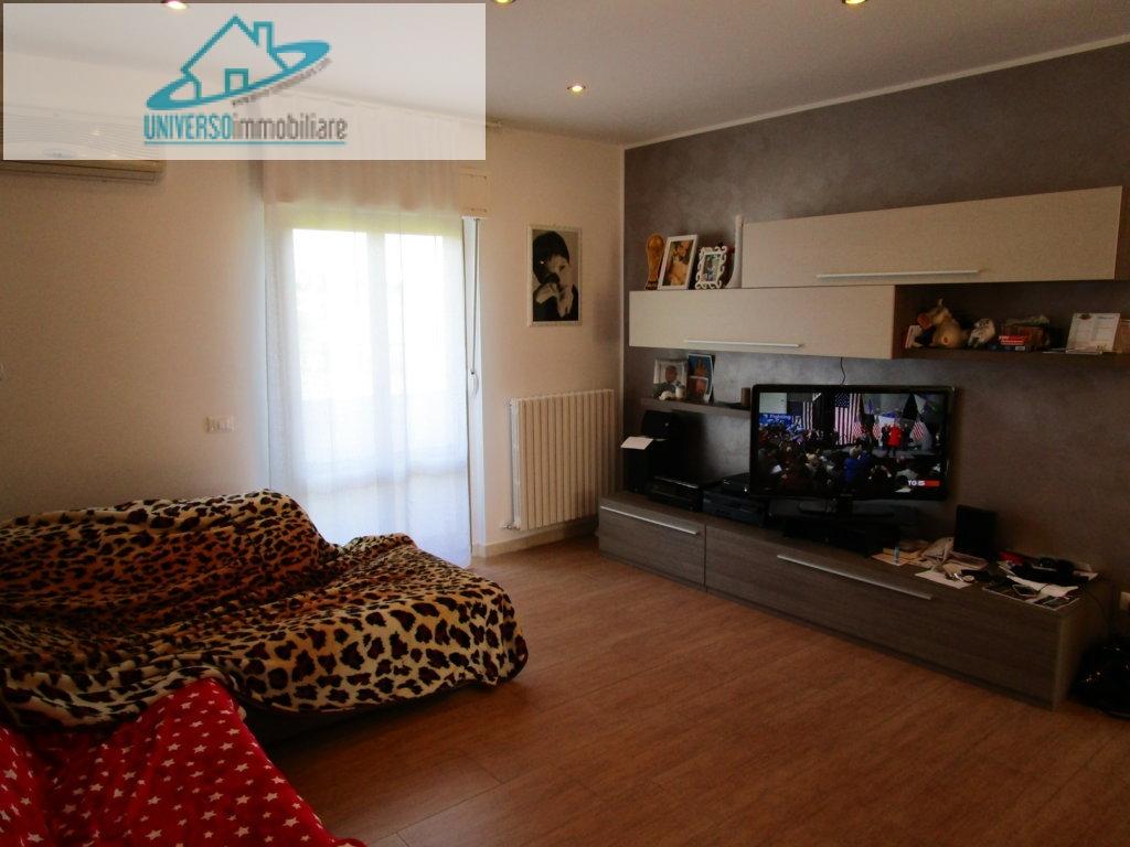 Appartamento in vendita a Monsampolo del Tronto, 4 locali, zona Località: StelladiMonsampolo, prezzo € 140.000   Cambio Casa.it