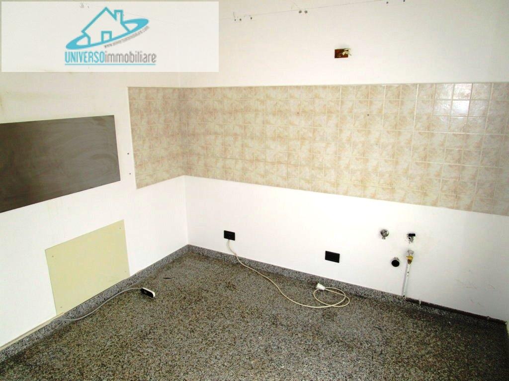 Appartamento in affitto a Castel di Lama, 3 locali, zona Zona: Piattoni, prezzo € 450 | Cambio Casa.it