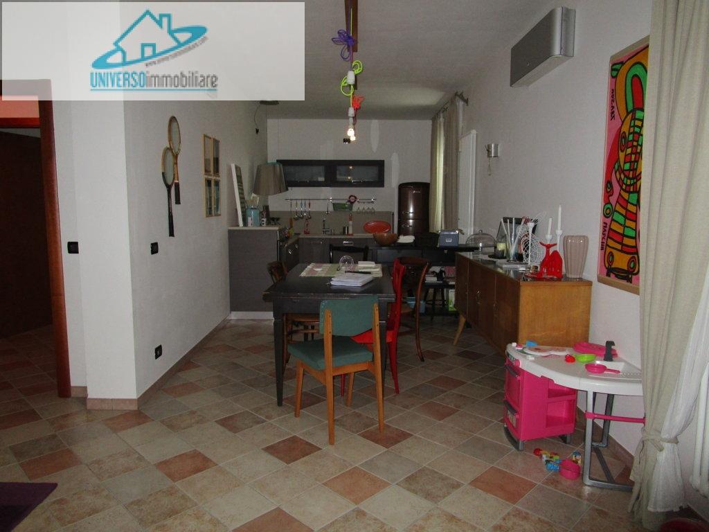 Soluzione Indipendente in vendita a Monteprandone, 12 locali, zona Località: Collinare, prezzo € 350.000   Cambio Casa.it
