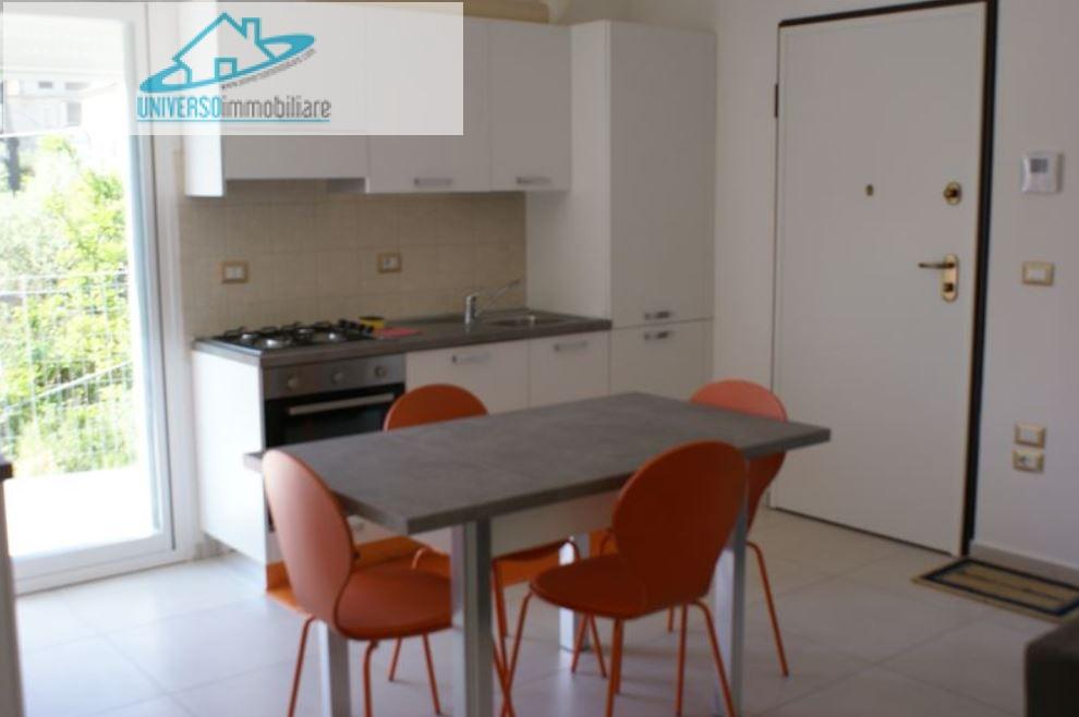 Appartamento in affitto a Grottammare, 3 locali, zona Località: Lungomare, prezzo € 500 | Cambio Casa.it