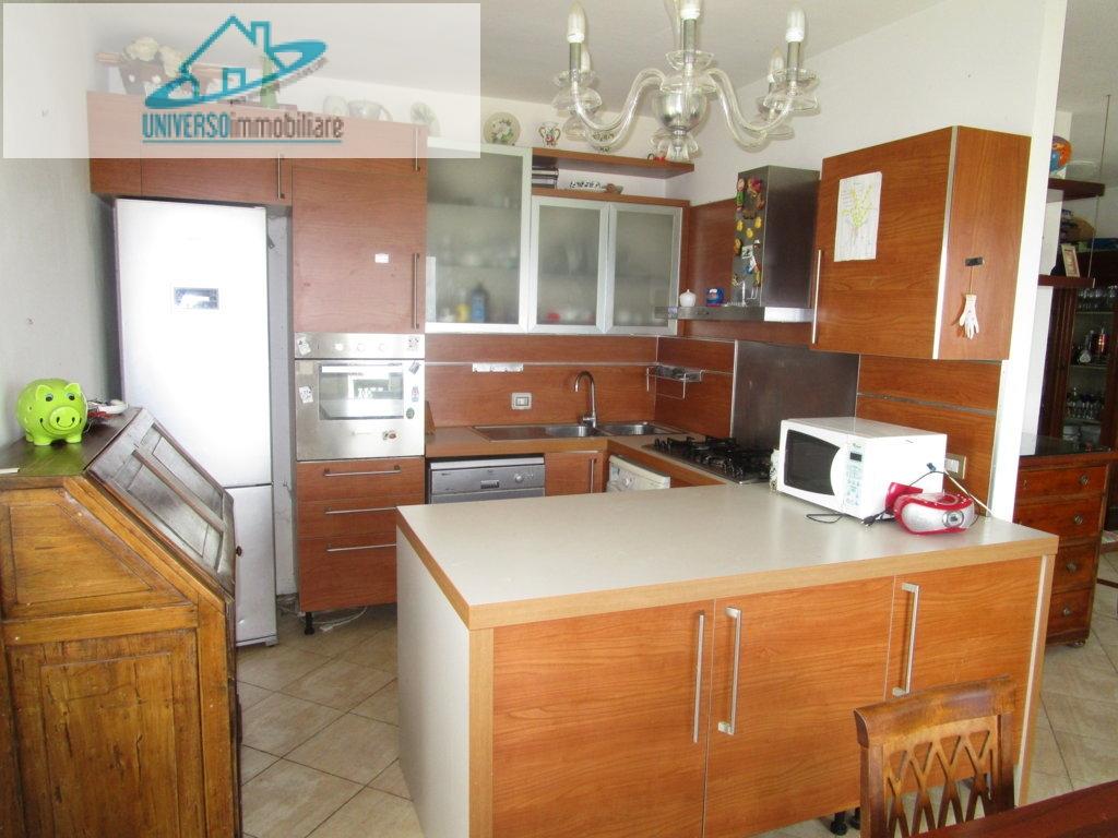 Appartamento in affitto a Colonnella, 3 locali, prezzo € 400 | CambioCasa.it