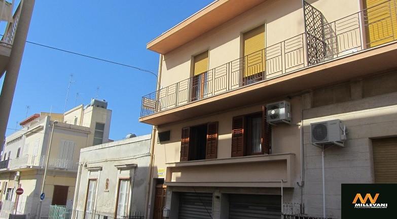 Soluzione Indipendente in vendita a Pozzallo, 6 locali, prezzo € 135.000 | Cambio Casa.it