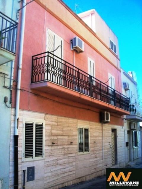 Soluzione Indipendente in vendita a Pozzallo, 3 locali, prezzo € 140.000 | Cambio Casa.it