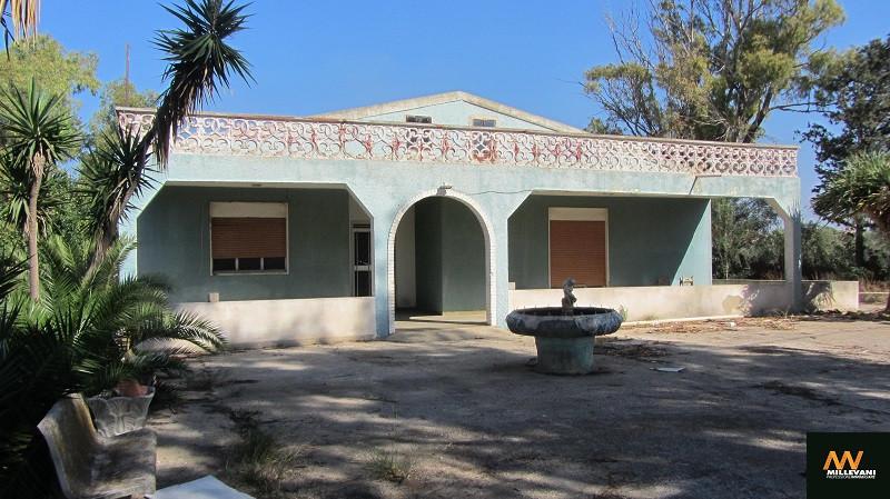 Villa in vendita a Santa Croce Camerina, 7 locali, prezzo € 120.000 | Cambio Casa.it