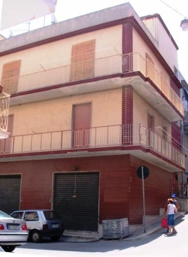 Soluzione Indipendente in vendita a Pozzallo, 4 locali, prezzo € 105.000 | Cambio Casa.it