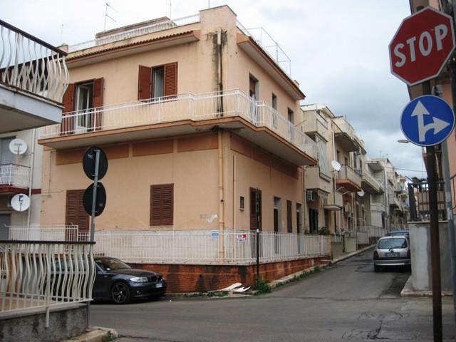 Soluzione Indipendente in vendita a Pozzallo, 5 locali, prezzo € 115.000 | Cambio Casa.it