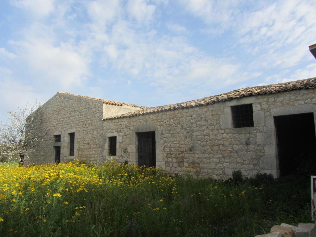 Rustico / Casale in vendita a Scicli, 4 locali, zona Zona: Scicli, prezzo € 140.000   Cambio Casa.it