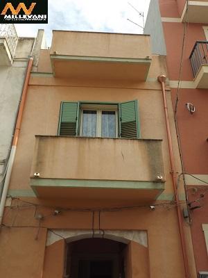 Soluzione Indipendente in vendita a Pozzallo, 4 locali, prezzo € 130.000   Cambio Casa.it