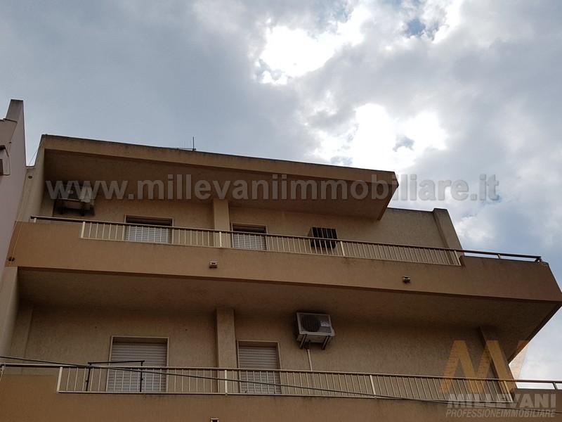 Appartamento in vendita a Pozzallo, 5 locali, prezzo € 150.000 | Cambio Casa.it