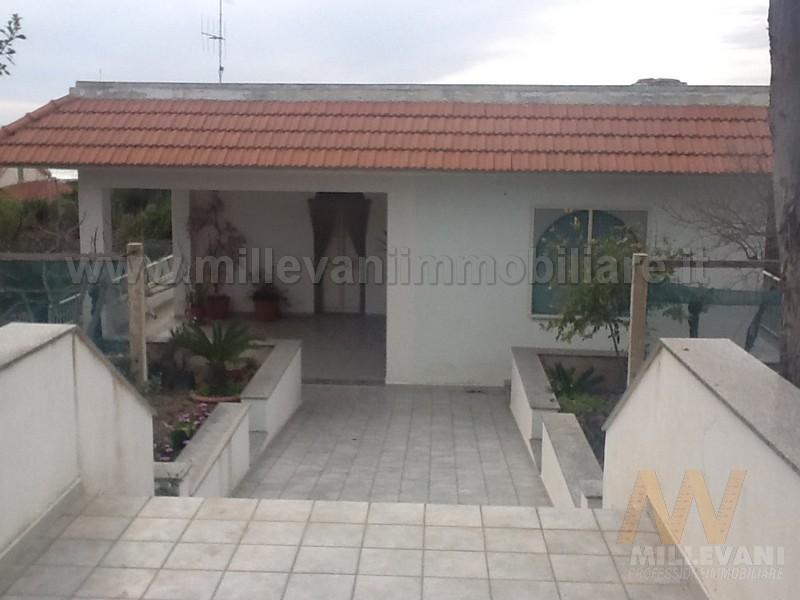Villa in vendita a Scicli, 3 locali, zona Località: C.daPagliarelli, prezzo € 180.000 | Cambio Casa.it
