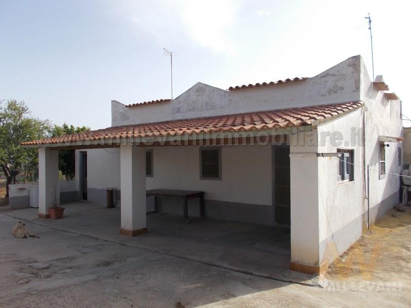 Soluzione Indipendente in vendita a Scicli, 4 locali, zona Località: CavadAliga, prezzo € 60.000 | Cambio Casa.it
