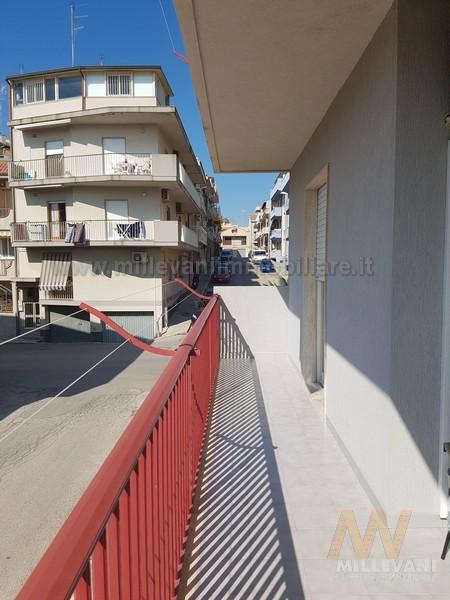 Appartamento in vendita a Pozzallo, 5 locali, zona Località: SanPaolo, prezzo € 160.000 | Cambio Casa.it