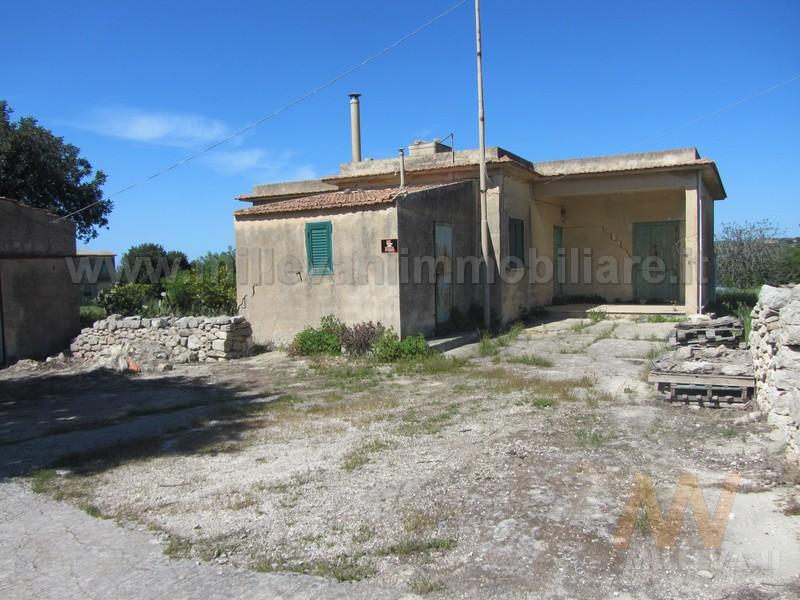 Rustico / Casale in vendita a Pozzallo, 1 locali, zona Località: C.daFargione, prezzo € 240.000 | Cambio Casa.it