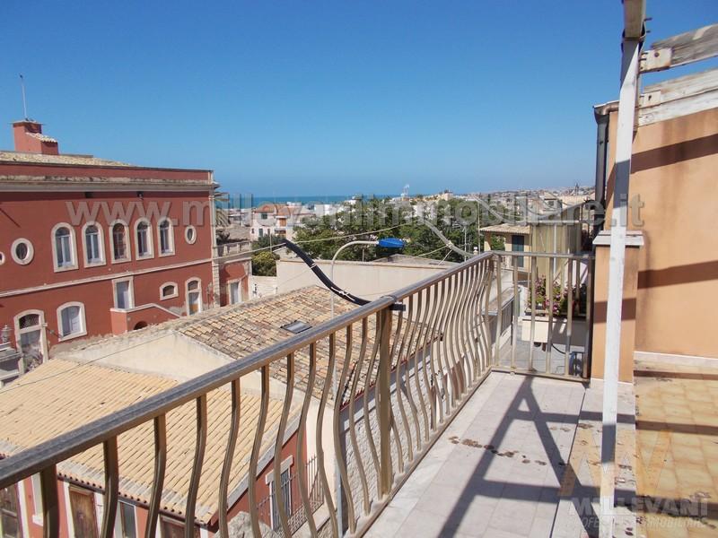 Soluzione Indipendente in vendita a Scicli, 6 locali, zona Zona: Donnalucata, prezzo € 140.000 | Cambio Casa.it