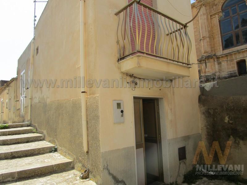 Soluzione Indipendente in vendita a Scicli, 3 locali, zona Località: S.aMariaLaNova, prezzo € 35.000 | Cambio Casa.it