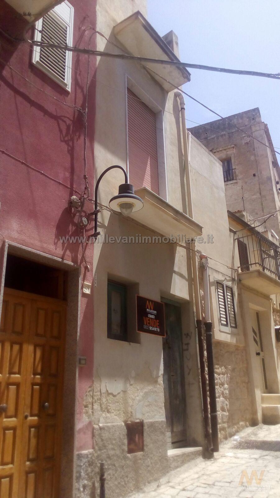 Soluzione Indipendente in vendita a Scicli, 3 locali, prezzo € 48.000 | Cambio Casa.it