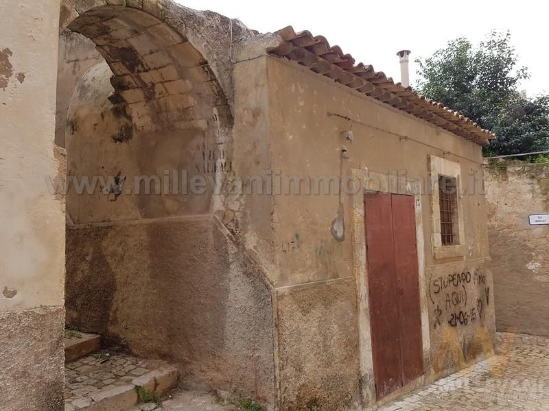 Soluzione Indipendente in vendita a Scicli, 2 locali, prezzo € 42.000 | Cambio Casa.it