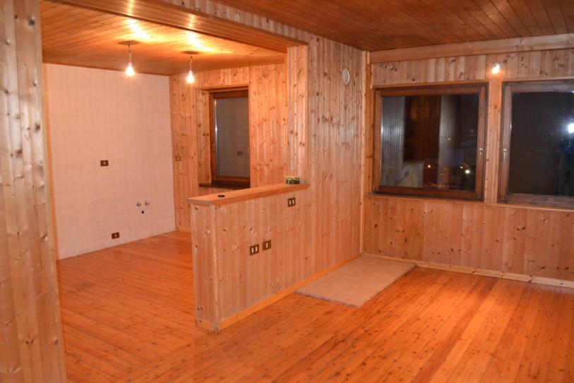 Appartamento in vendita a Cencenighe Agordino, 4 locali, prezzo € 115.000 | Cambio Casa.it