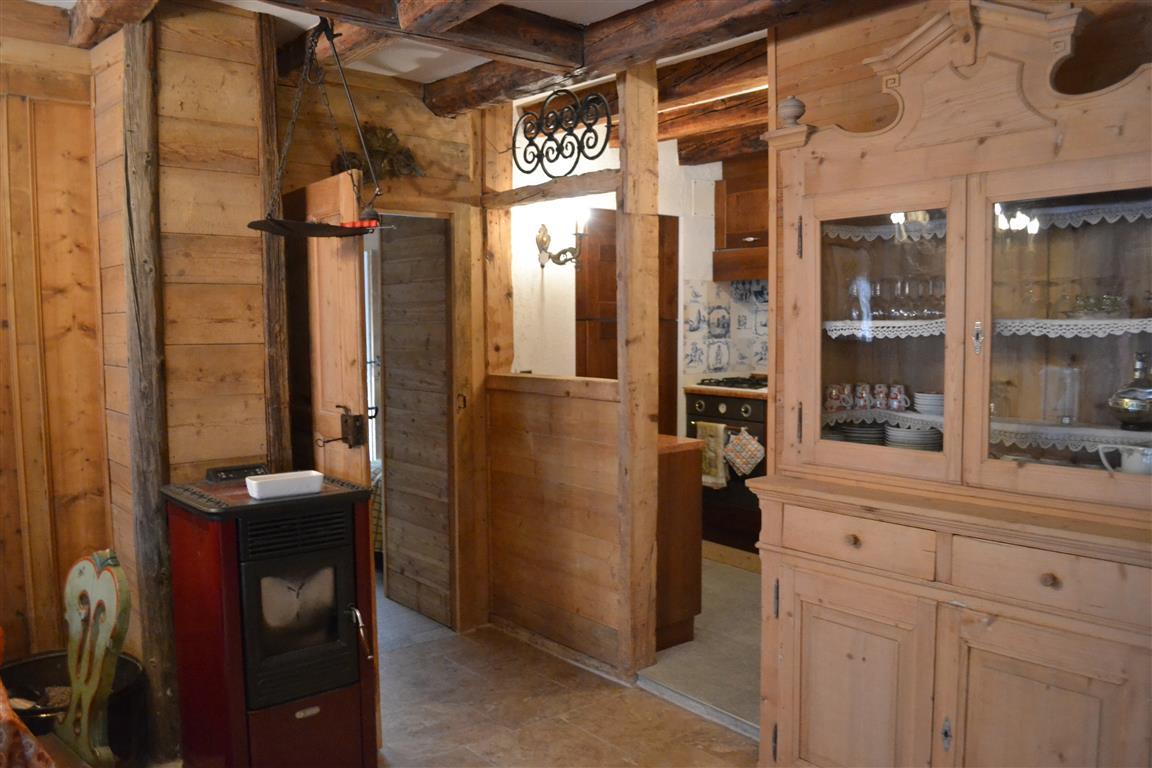 Appartamento in vendita a Vallada Agordina, 3 locali, zona Zona: Celat, prezzo € 210.000 | Cambio Casa.it