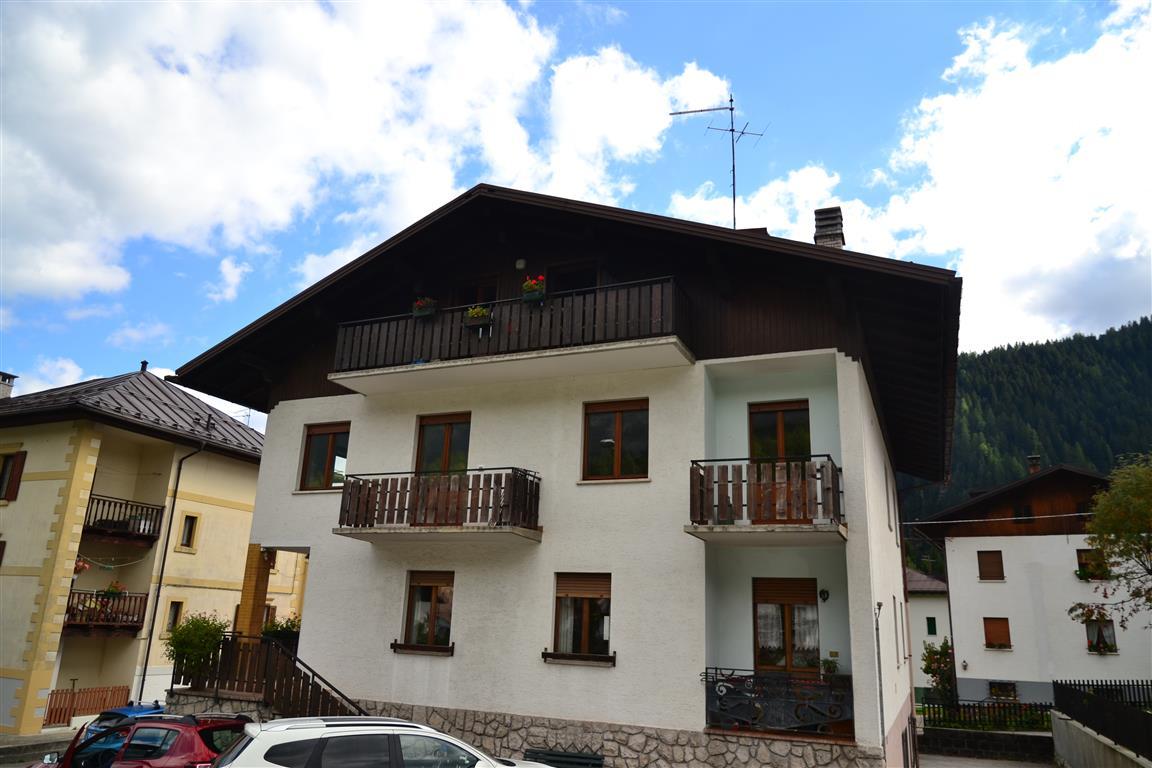 Attico / Mansarda in vendita a Falcade, 5 locali, zona Zona: Caviola, prezzo € 130.000 | Cambio Casa.it
