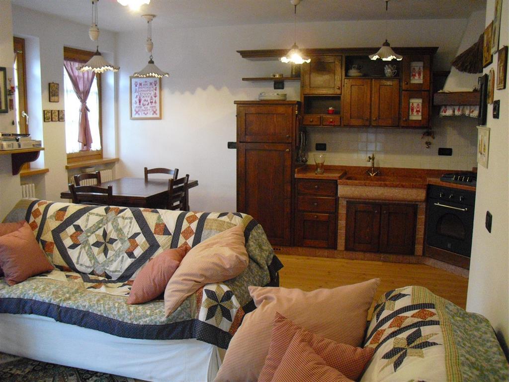 Appartamento in vendita a Canale d'Agordo, 4 locali, zona Zona: Fregona, prezzo € 187.000 | CambioCasa.it