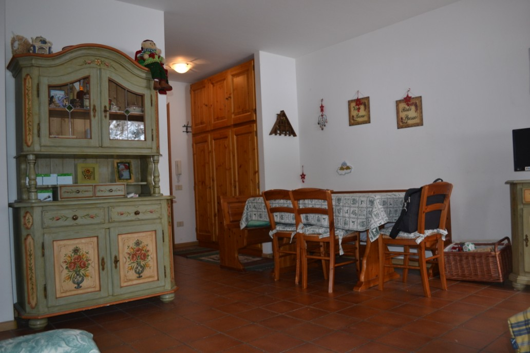 Appartamento in vendita a Rocca Pietore, 4 locali, prezzo € 160.000 | Cambio Casa.it