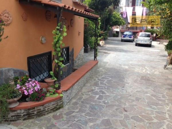 Bilocale Pozzuoli Via Arcofelice Vecchio 5