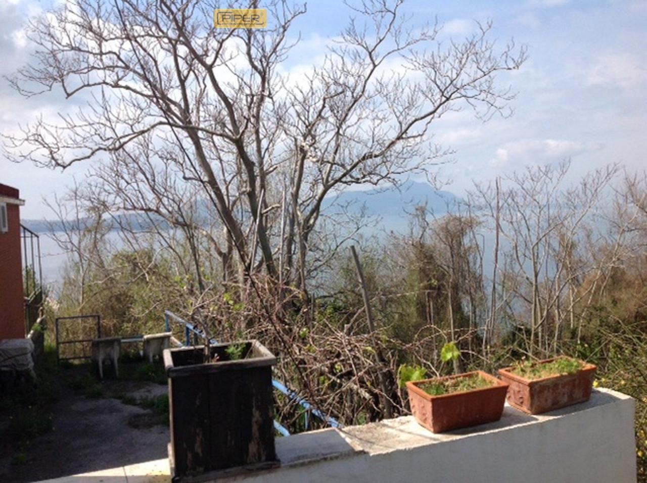 Bilocale Monte di Procida Via San Martino 3