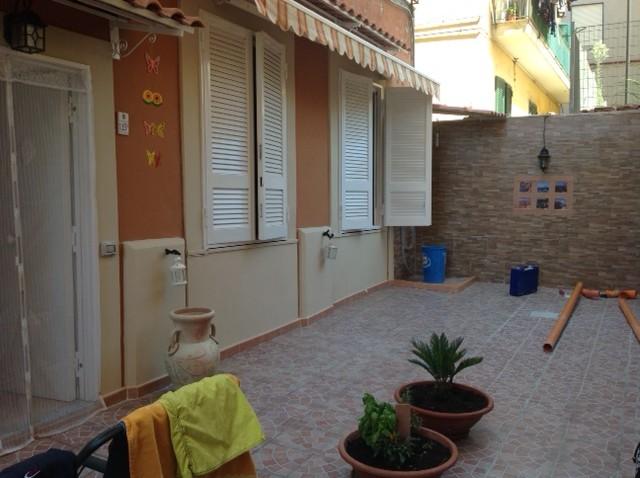 Bilocale Pozzuoli Corso Umberto 9