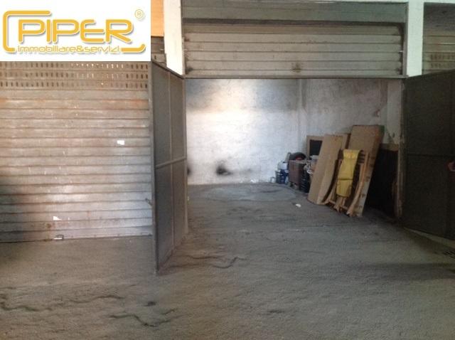 Box / Garage in affitto a Napoli, 1 locali, prezzo € 200 | CambioCasa.it