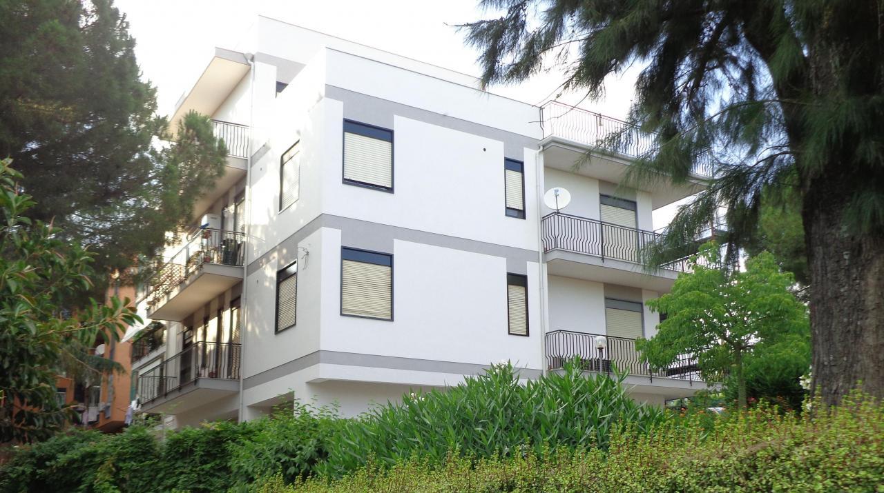 Appartamento in affitto a Sant'Agata Li Battiati, 5 locali, zona Località: VIABARRIERADELBOSCO, prezzo € 186.000 | Cambio Casa.it