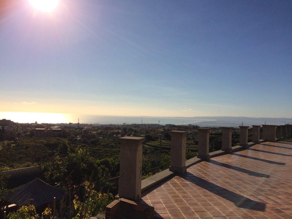 Villa in vendita a Gravina di Catania, 12 locali, zona Località: PaesiEtnei, prezzo € 650.000 | Cambio Casa.it