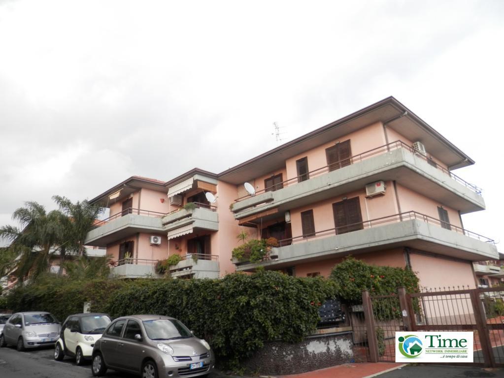 Appartamento in vendita a Gravina di Catania, 5 locali, zona Località: Centro, prezzo € 173.000 | Cambio Casa.it