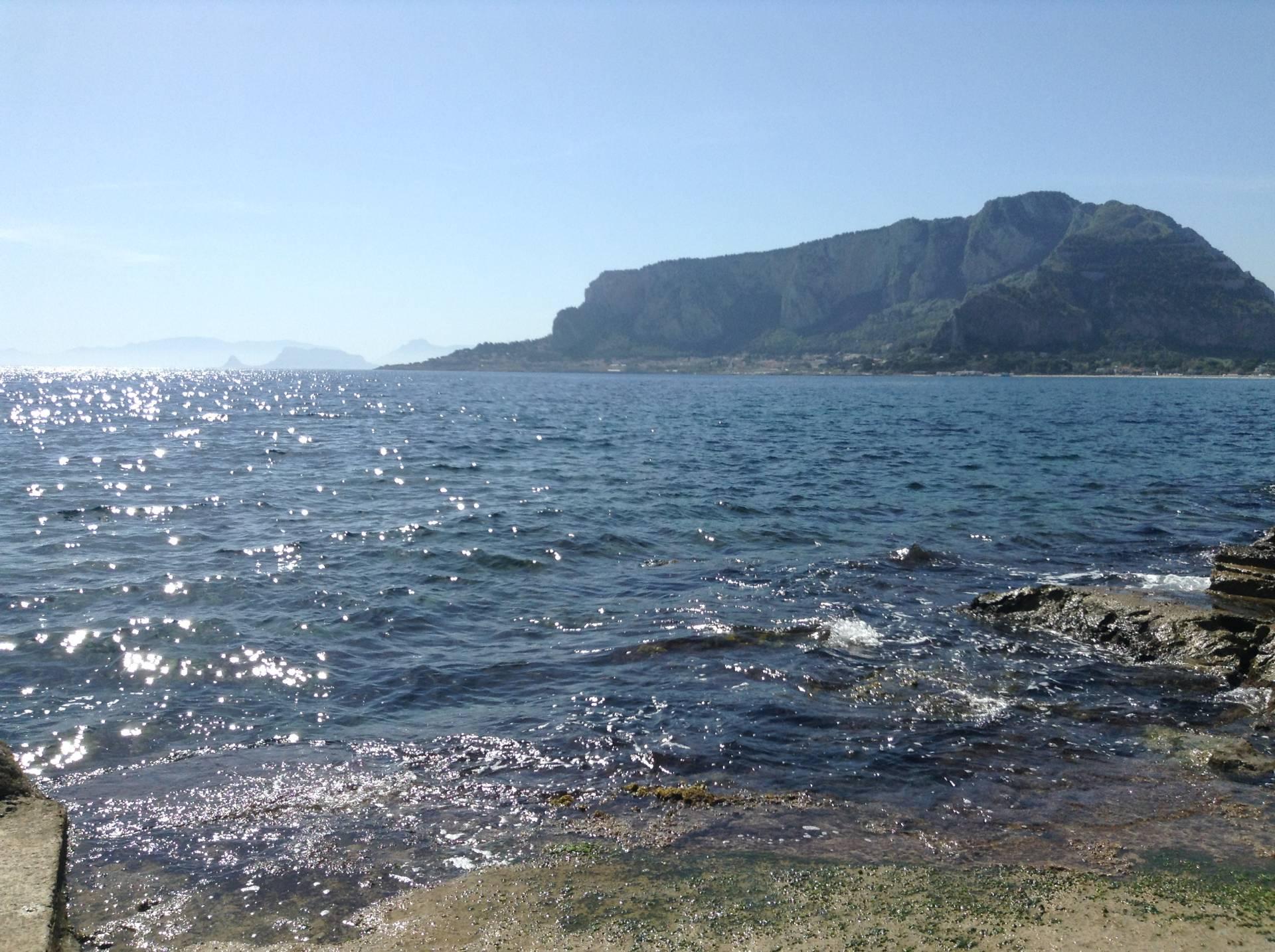 Bilocale Palermo Via Capo Gallo 3