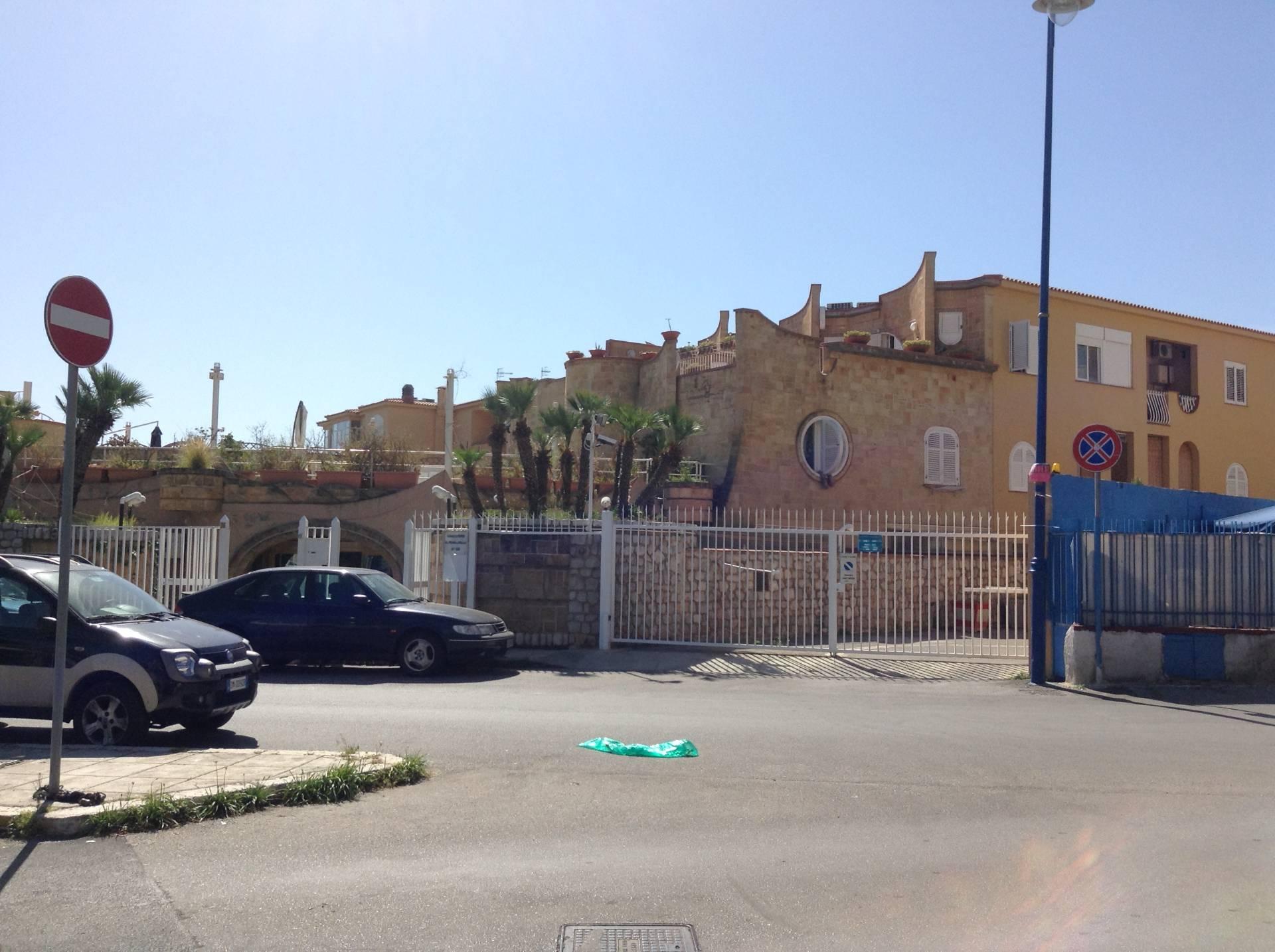 Bilocale Palermo Via Capo Gallo 9