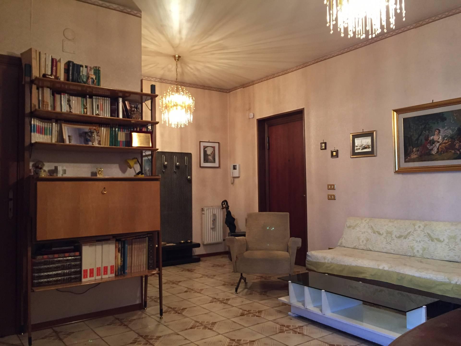 Bilocale Palermo Via Carlo Goldoni 6
