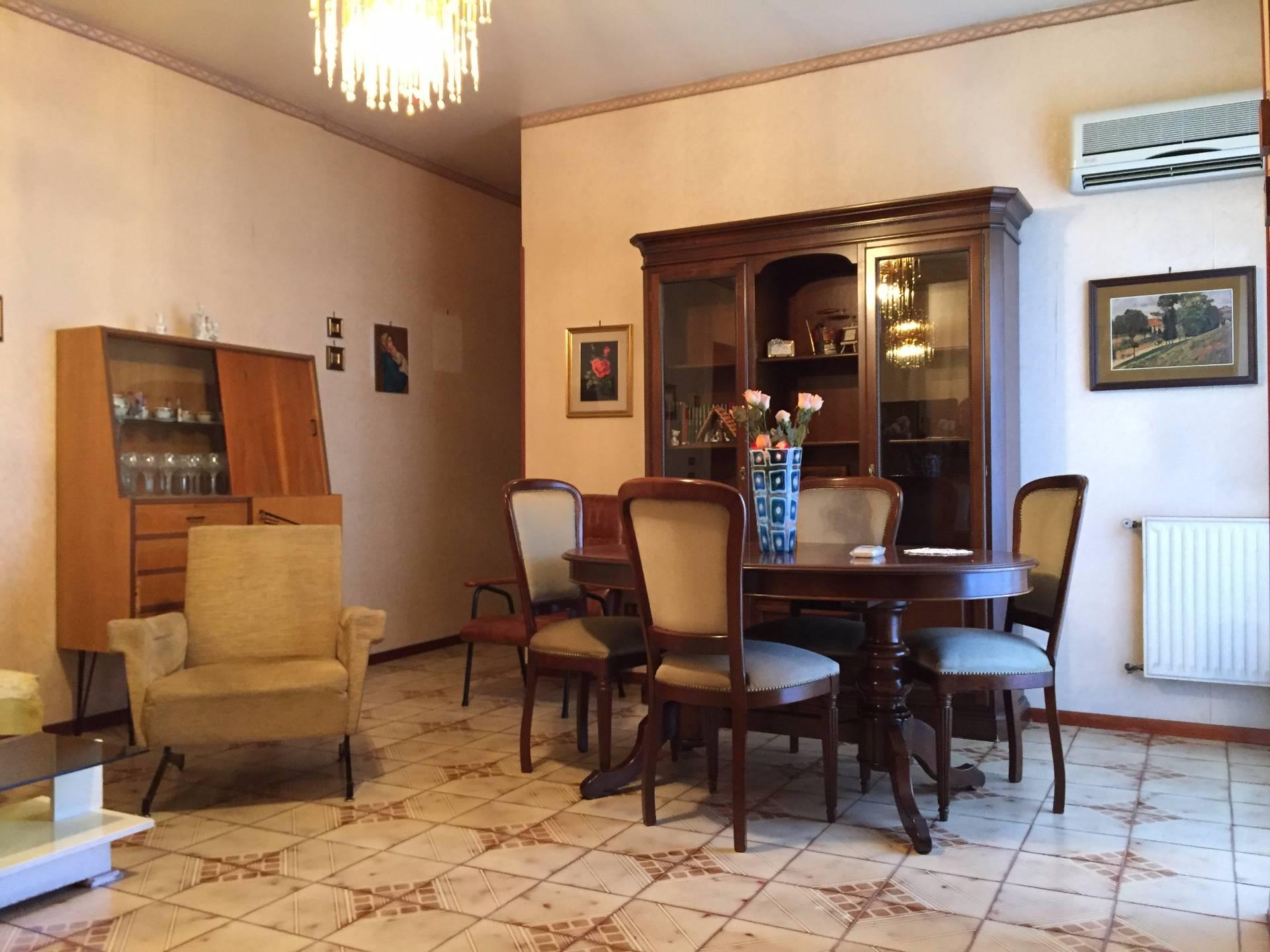 Bilocale Palermo Via Carlo Goldoni 4