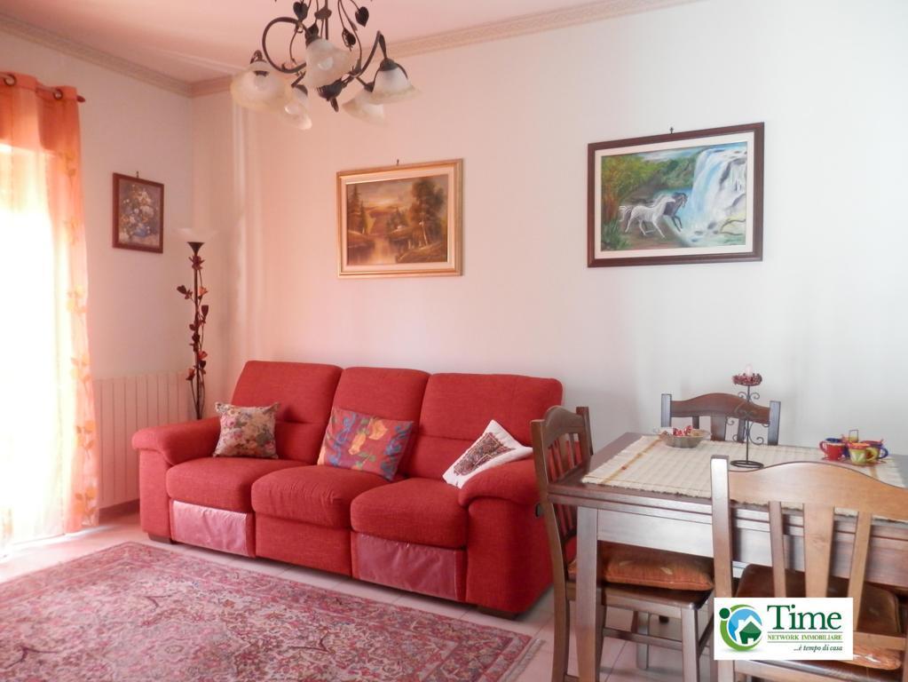Appartamento in vendita a Tremestieri Etneo, 3 locali, prezzo € 115.000   Cambio Casa.it