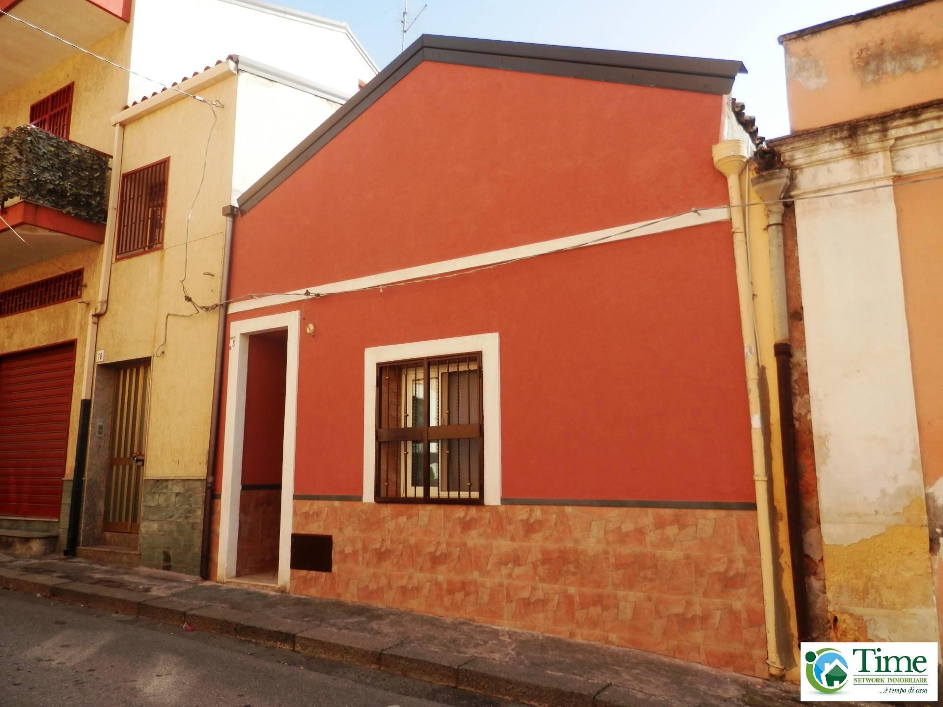 Soluzione Indipendente in vendita a Catania, 2 locali, zona Località: ZonaCibali, prezzo € 85.000 | Cambio Casa.it