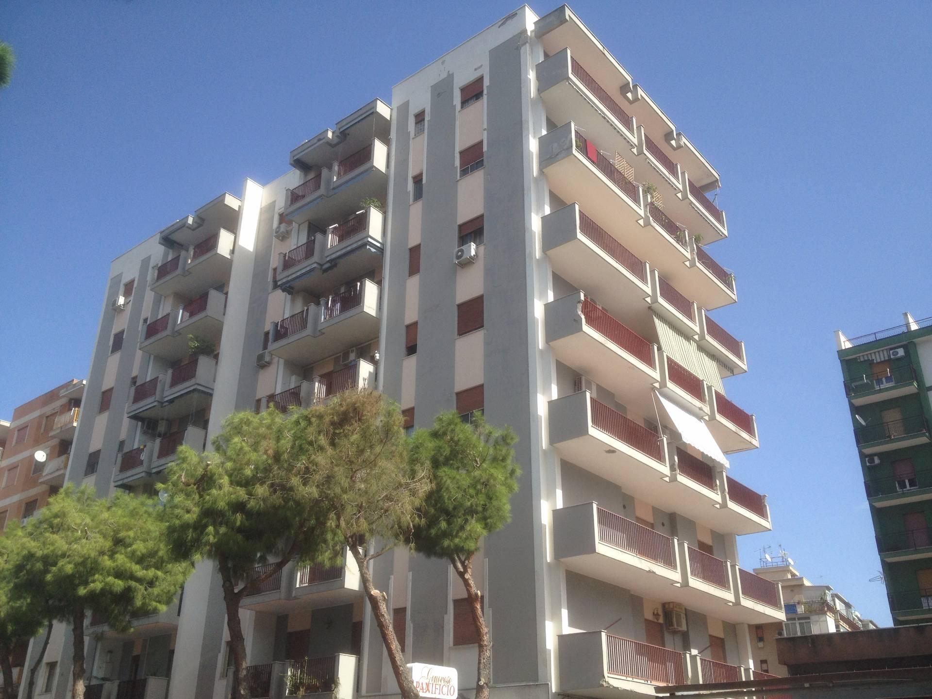 Appartamento in affitto a Palermo, 2 locali, zona Zona: Zisa, prezzo € 400 | Cambio Casa.it