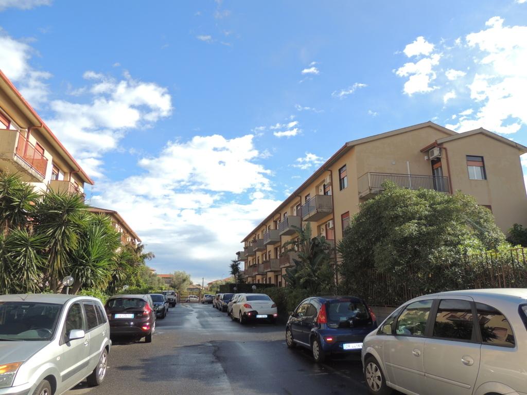 Appartamento in vendita a Tremestieri Etneo, 5 locali, zona Località: Zonacentro, prezzo € 169.000   Cambio Casa.it