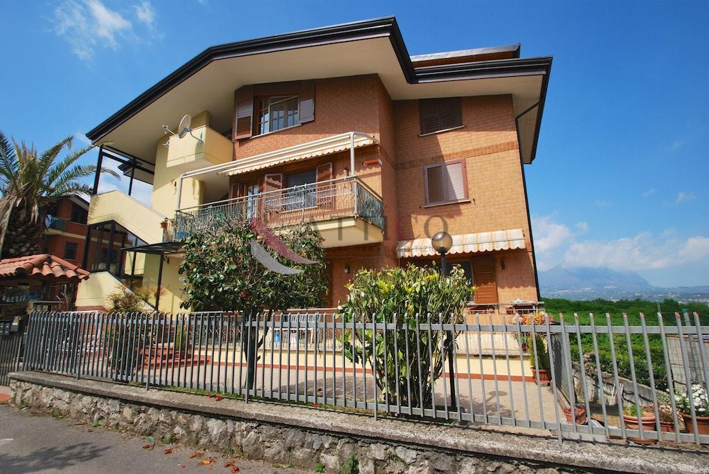 Appartamento in vendita a Avellino, 3 locali, zona Località: ContradaS.Oronzo, prezzo € 69.000 | CambioCasa.it