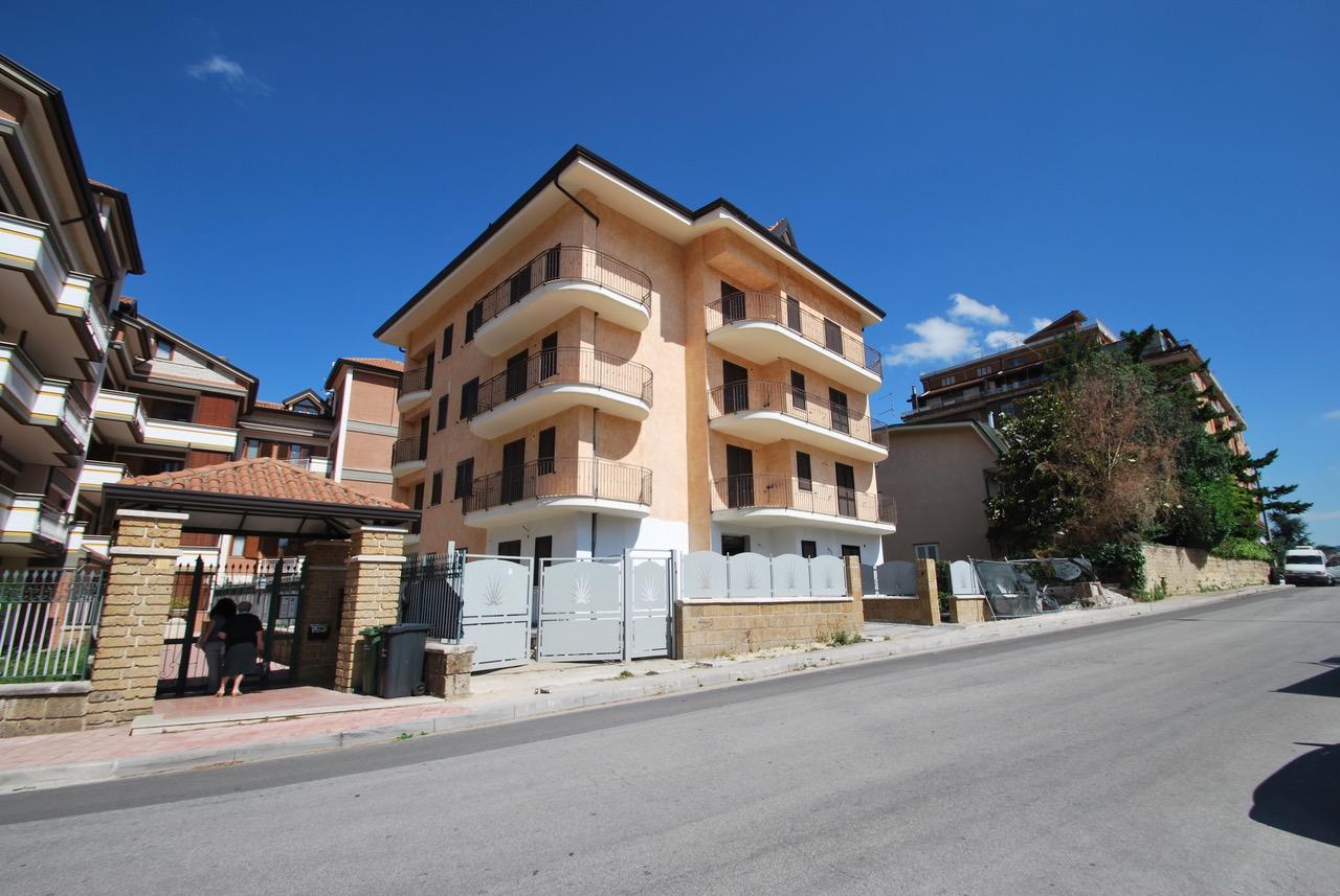 trilocale in vendita a avellino - zona centro