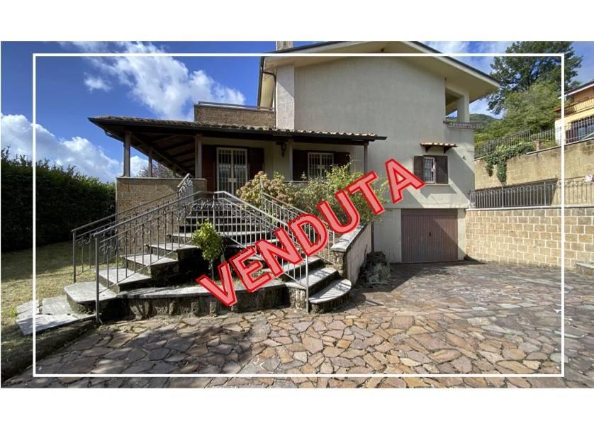 Villa in vendita a Mercogliano, 6 locali, prezzo € 390.000 | CambioCasa.it
