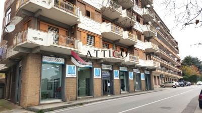 7 VANI in Vendita a Avellino