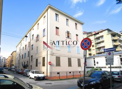 3 VANI in Vendita a Avellino